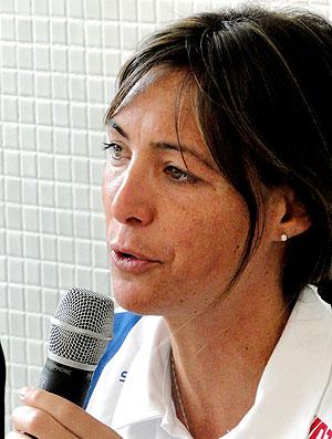 Fabíola Molina durante coletiva sobre o doping (Foto: Lucas Catta Prêta / GLOBOESPORTE.COM)