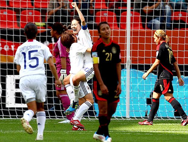 Japão comemora vitória sobre o México no Mundial feminino (Foto: Getty Images)