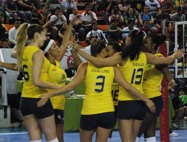 Comemoração, Brasil x Trinidad e Tobago (Foto: Divulgação)