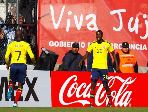 Adrian Ramos pablo armero colombia gol costa rica (Foto: Agência Reuters)