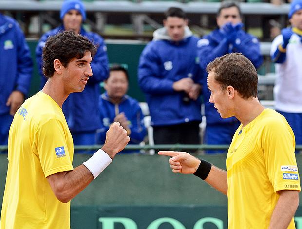 Brasil bate o Uruguai e volta aos playoffs da Davis
