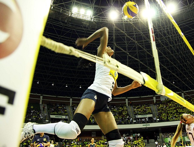 Adenízia Fabíola Brasil Itália Copa Internacional de Vôlei Feminino (Foto: Alexandre Arruda/CBV)