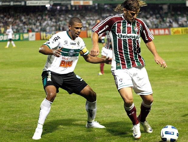 Rafael Moura Fluminense x Coritiba (Foto: Photocâmera)