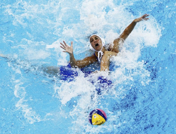 Polo aquático Mundial de Xangai Mariana Canetti Brasil x Rússia (Foto: Reuters)