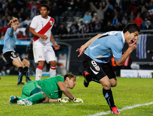 uruguai x peru suarez (Foto: Reuters)