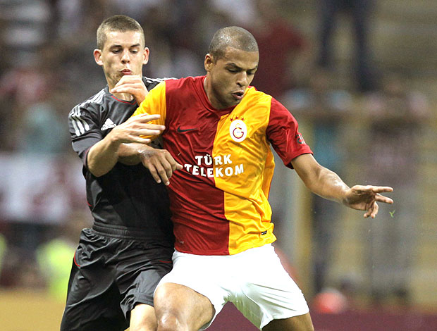 Felipe Melo no amistoso do Galatasaray contra o Liverpool (Foto: EFE)