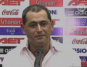 Arce, novo técnico do Paraguai (Foto: Reprodução)