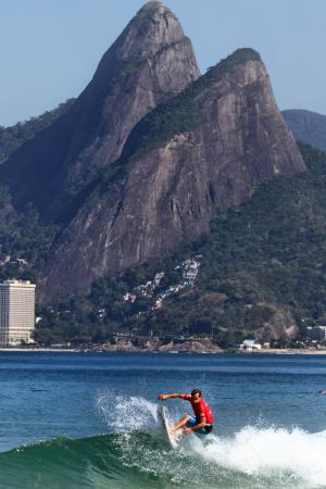 surfe Tom Curren Mundial Master Arpoador (Foto: Fabio Minduim / Divulgação)
