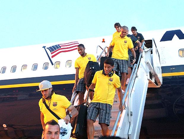 time do Barcelona no desembarque em Miami (Foto: Divulgação / Site Oficial)