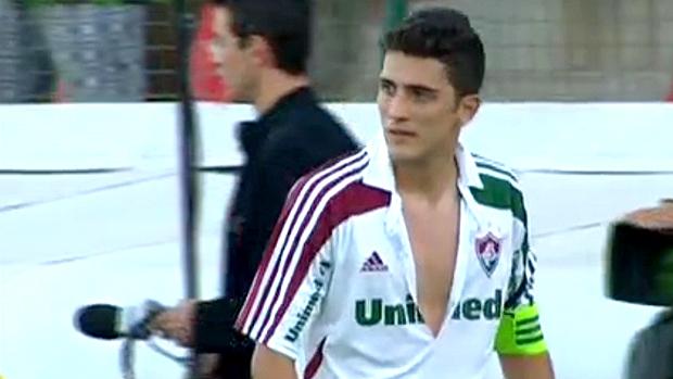 Marquinho Fluminense camisa rasgada (Foto: Reprodução)