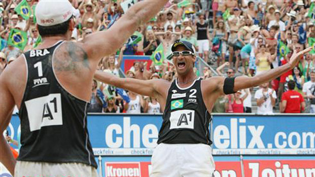 Pedro Cunha e Ricardo conquistam o Grand Slam na Áustria, de Vôlei de Praia (Foto: Divulgação/FIVB)