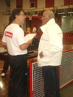 basquete brasi treino magnano amaury pasos (Foto: Divulgação / CBB)