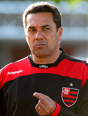 Luxemburgo no treino do Flamengo (Foto: Ivo Gonzales / Ag. O Globo)