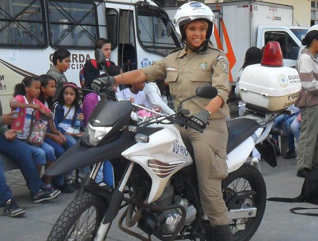 Guarda Municipal Gabriela Gouveia, bodyboard (Foto: Divulgação)