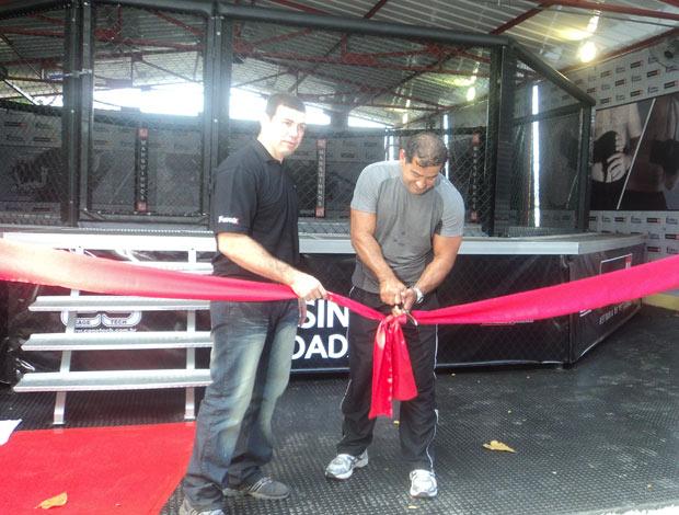 Pedro Rizzo e Marco Ruas inauguração CT de MMA (Foto: Adriano Albuquerque / SPORTV.COM)