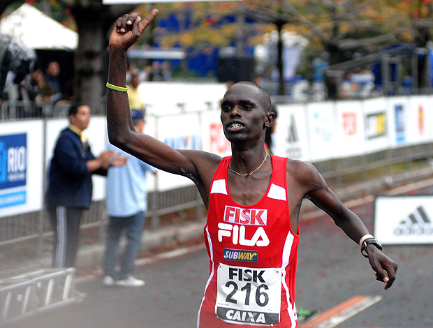 Mark Korir maia maratona do rio de janeiro (Foto: Alexandre Durão / Globoesporte.com)