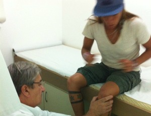 Surfe Silvana Lima joelho (Foto: Arquivo pessoal)
