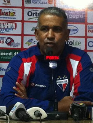 Ademir Fonseca técnico do Fortaleza (Foto: Gioras Xerez/Globoesporte.com)