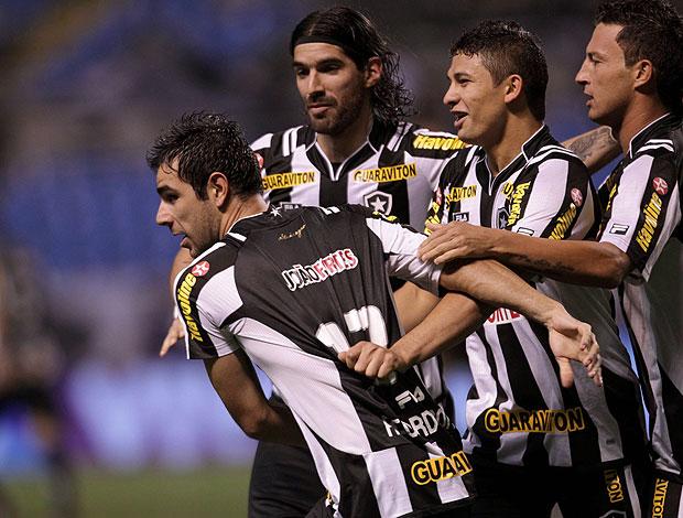 Herrera comemora gol do Botafogo contra o Palmeiras (Foto: Jorge Wiliam / Agência O Globo)