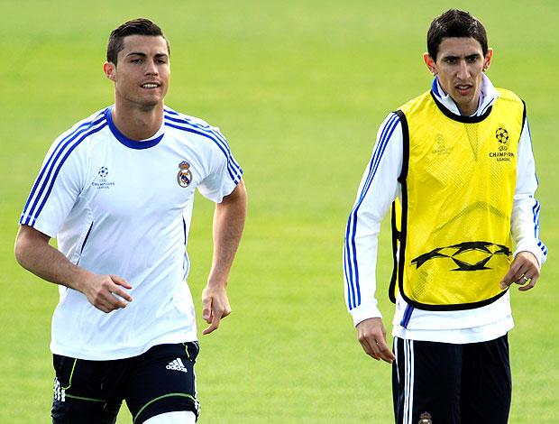 Cristiano Ronaldo e Di Maria no treino do Real Madrid (Foto: AFP)