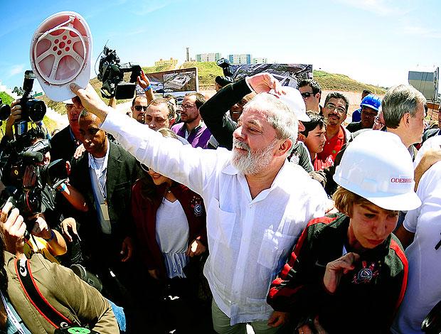 Lula no Itaquerão durante festa do Corinthians (Foto: Marcos Ribolli / GLOBOESPORTE.COM)