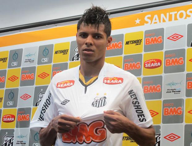 Éder Lima, novo zagueiro do Santos.  (Foto: Adilson Barros/Globoesporte.com)