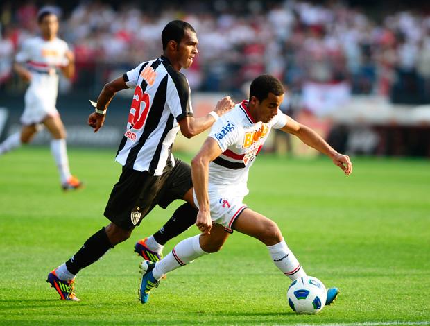 Richarlyson e lucas, São Paulo x Atlético-mg (Foto: Marcos Ribolli/Globoesporte.com)