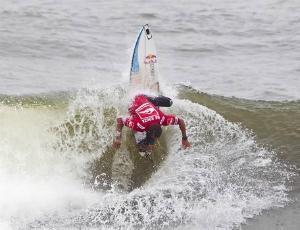 Surfe Adriano de Souza Mineirinho Nova York repescagem (Foto: ASP)