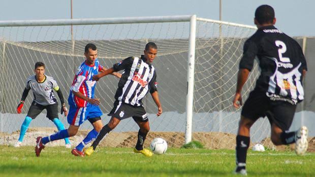 Treze apenas empata sem gols em amistoso contra São Paulo Alpargatas (Foto: Leonardo Silva)