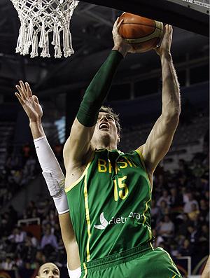 Thiago Splitter brasil x porto rico basquete (Foto: EFE)