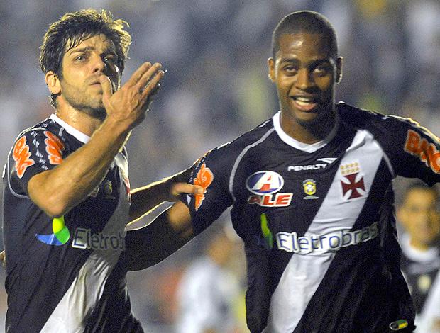 Juninho Dedé gol vasco (Foto: Nina Lima / FOTOCOM.NET )