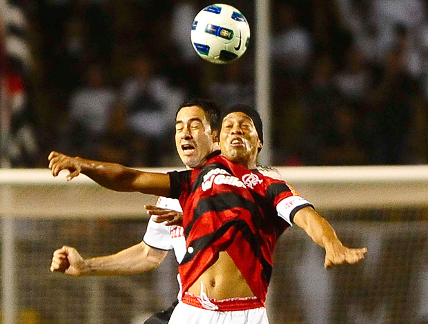 Ronaldinho Gaúcho Flamengo x Corinthians (Foto: Marcos Ribolli / Globoesporte.com)