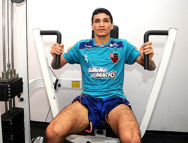 Ronaldo Angelim no treino do Flamengo (Foto: Alexandre Vidal / Fla Imagem)