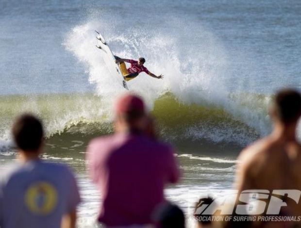 surfe Alejo Muniz Mundial Nova York quartas (Foto: ASP)