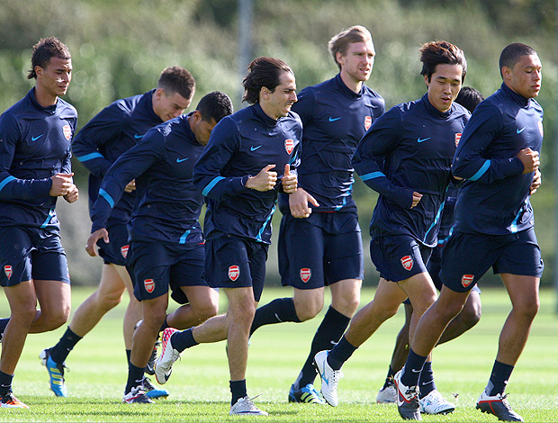 jogadores arsenal treino (Foto: Agência Getty Images)