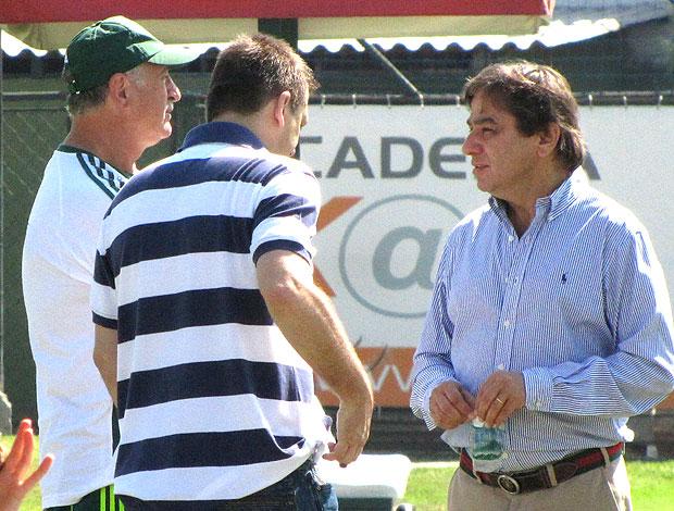 Felipão e Arnaldo Tirone no treino do Palmeiras (Foto: Diego Ribeiro / GLOBOESPORTE.COM)