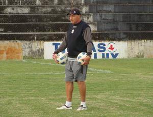 """Edson Garça - treino do """"Treze B"""" (Foto: Divulgação)"""