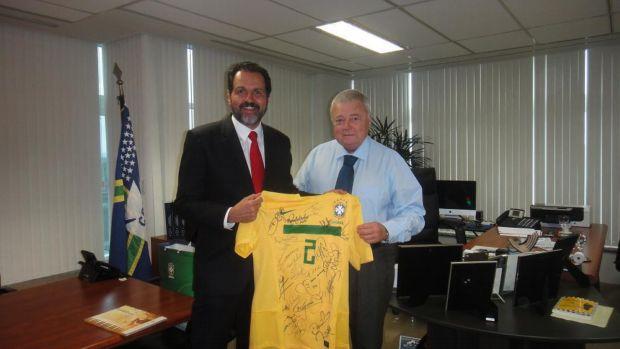 Agnelo Queiroz e Ricardo Teixeira (Foto: CBF)