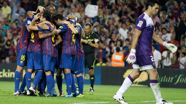 barcelona comemora gol sobre o osasuna (Foto: Reuters)