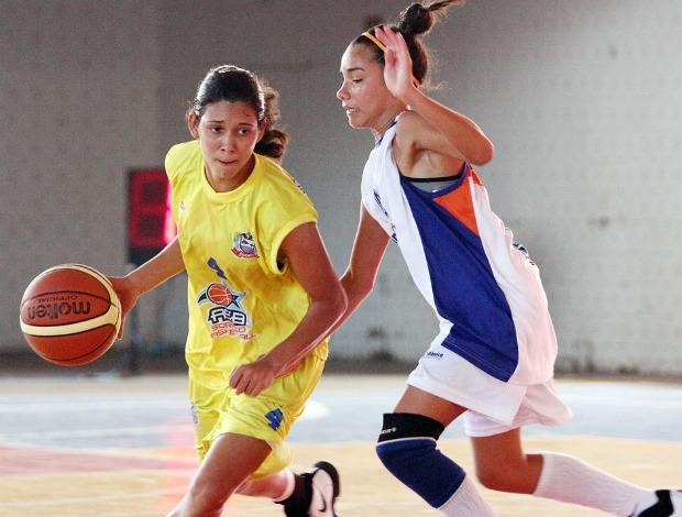 Lohana Bordignon, atleta de basquete da Escola Professora Ivete Lourdes Arenhardt (MT) (Foto: Wander Roberto / COB)
