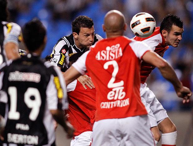 Gustavo, Botafogo x Santa Fé (Foto: Fernando Soutello/AGIF)