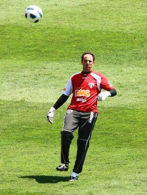Rogério Ceni, do São Paulo, treina no Morumbi (Foto: Luiz Pires/VIPCOMM)