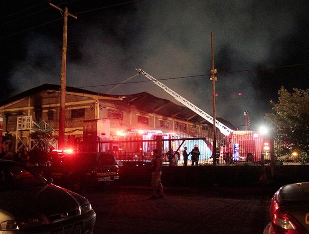 arena grêmio incêndio (Foto: Agência Estado)