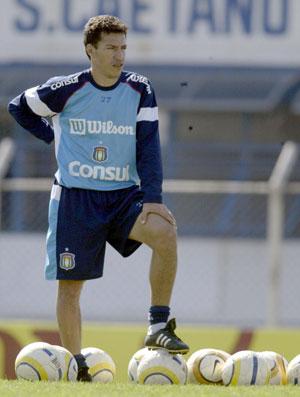 Dimba no treino do São Caetano (Foto: Agência Lance)