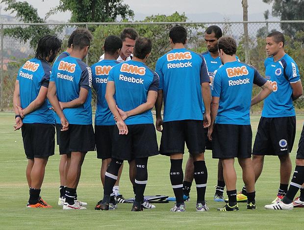 vagner mancini cruzeiro treino (Foto: Fernando Martins/Globoesporte.com)