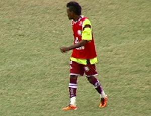 Robinho, atacante da Desportiva Ferroviária (Foto: Reprodução/TV Gazeta)
