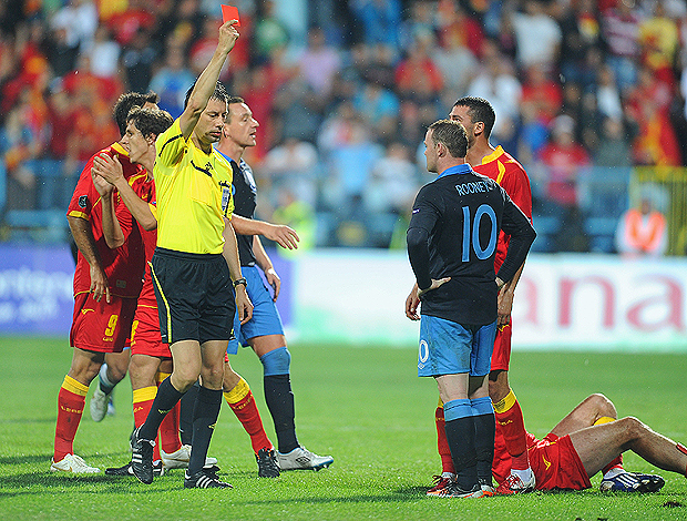 rooney inglaterra x montenegro (Foto: Getty Images)