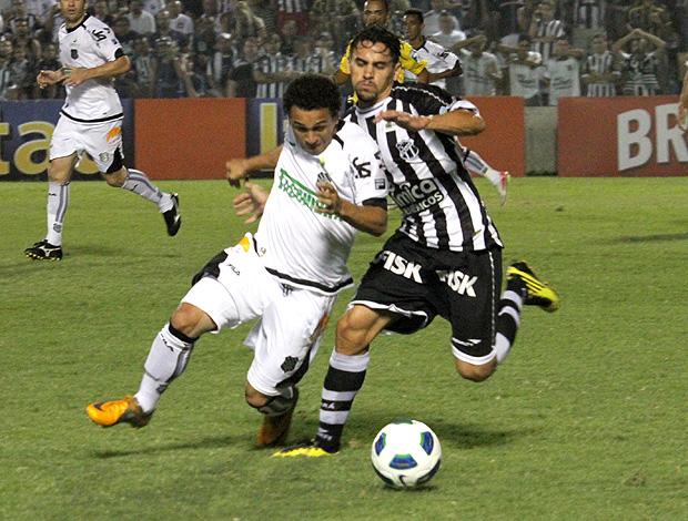 Wellington Nem Figueirense Vicente Ceará (Foto: Ag. Estado)