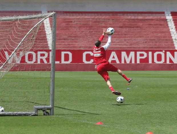 D'alessandro no treino do Internacional (Foto: Alexandre Alliatti/Globoesporte.com)