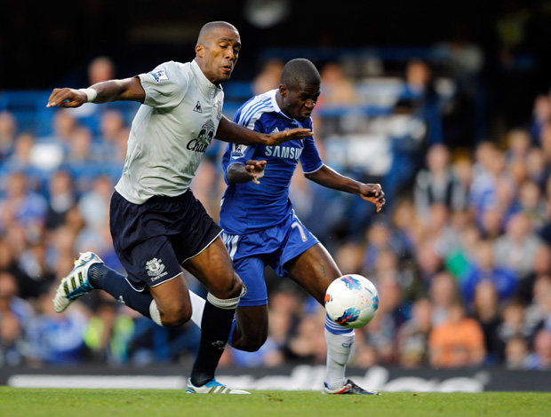 Sylvain Distin e Ramires, Chelsea x Everton (Foto: Getty Images)